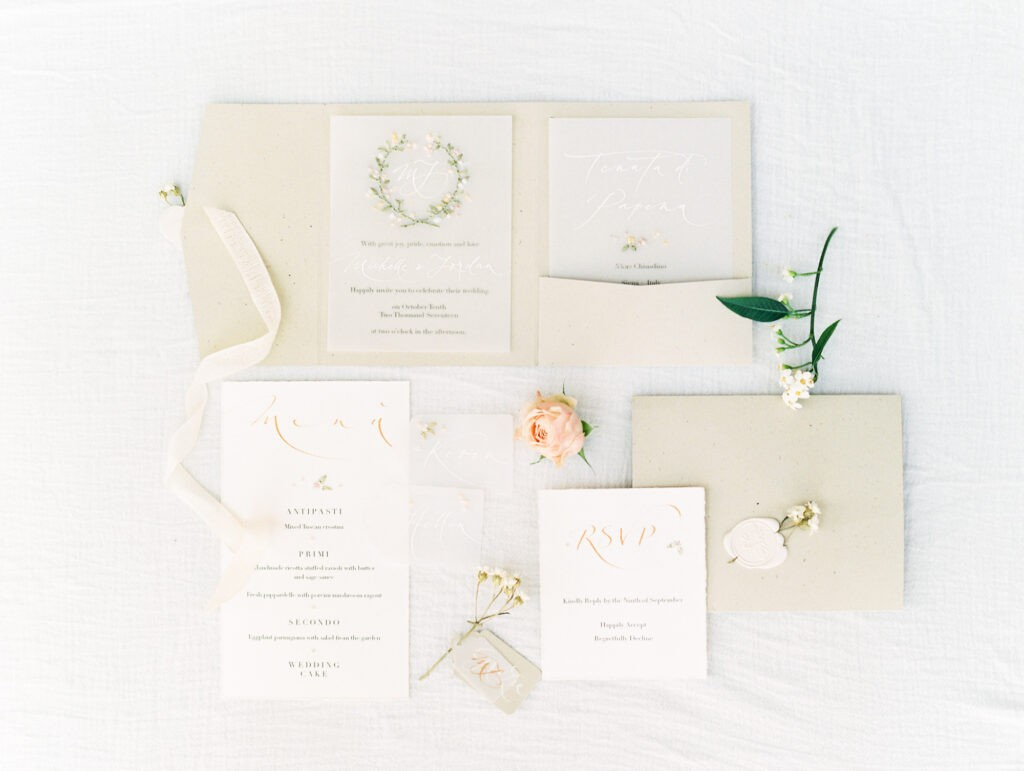 Botanical and romantic wedding inspiration - My Golden Age